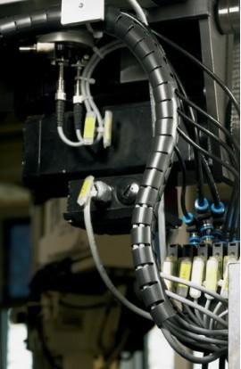 Protege cables 16mm de grosor Hellermanntyton 25mts Blanco